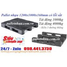 Pallet nhựa 1200x1000x150mm lỗi sắt màu đen 3 đường thẳng